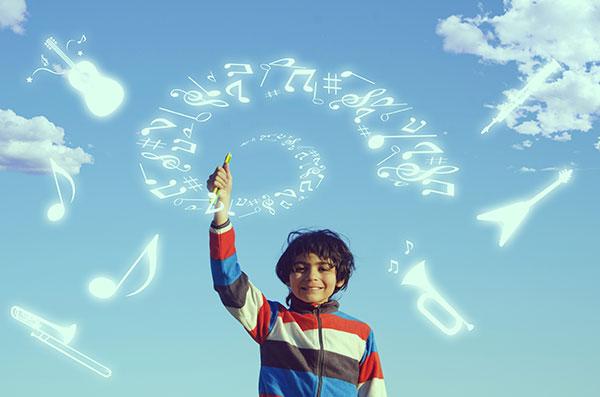 空と音符と少年